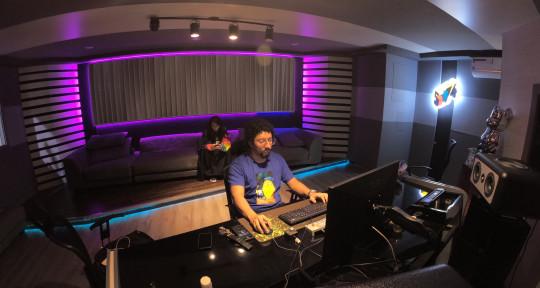 Audio artisan  - Luis ''Hostility'' Jimenez