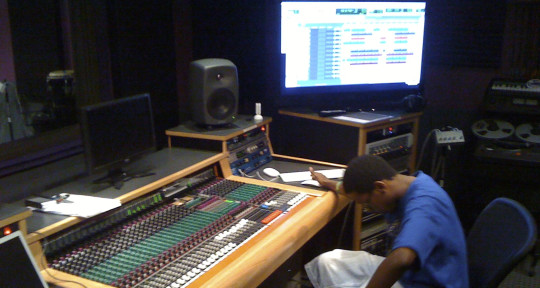 Remote Mixing & Mastering - Anthony Quest