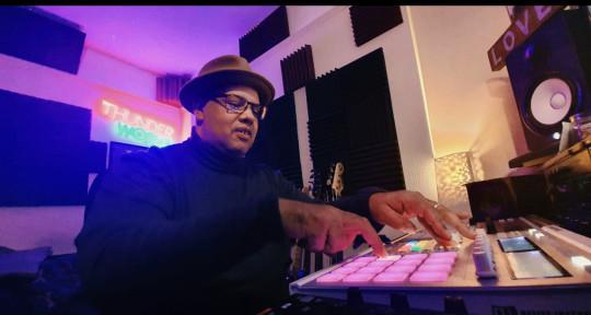 Producer Songwriter Mixer - Ian Green