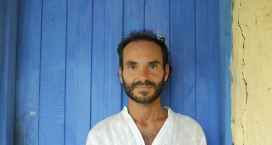 Arranger, latin piano, bassist - Luciano Alonso