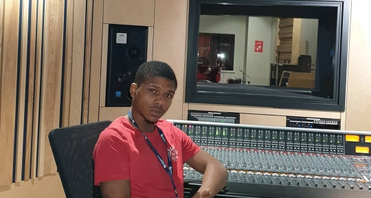 Studio Engineer, Producer - Mars The Engineer