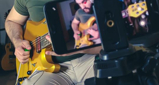 Session Guitarist, Teacher - Adriano Cafagna