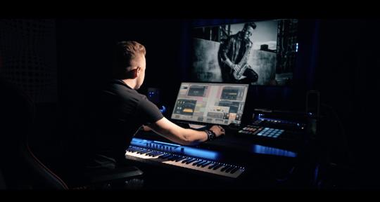test - ALEX L Studio