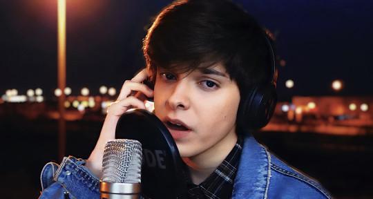 Singer, Vocalist, Songwriter - Paul Wolf
