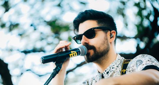 Singer songwriter vocal coach  - Walter Mourao