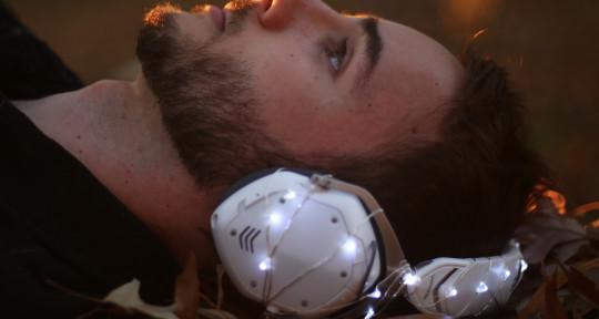EDM and Pop music producer - Alex Bochel