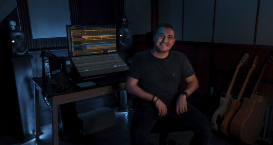 Mixing and Mastering Engineer - Sidney Pinto