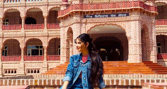 Song writer- Lyrics - Arushi Sharma