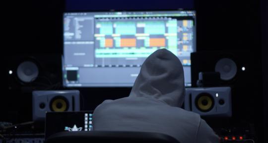 Production, Mixing & Mastering - Hunglaz