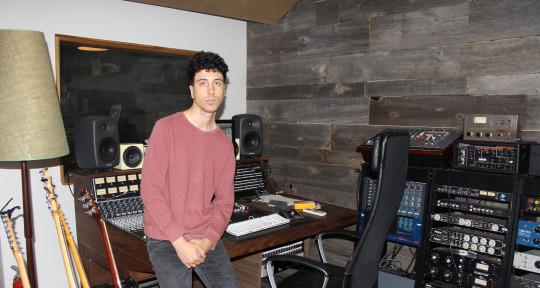 Songwirting/production/mixing - France Calva
