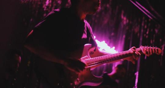 Guitarrista y compositor. - Franco S