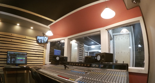 Recording, Mixing, Mastering - Professional Recording Studio