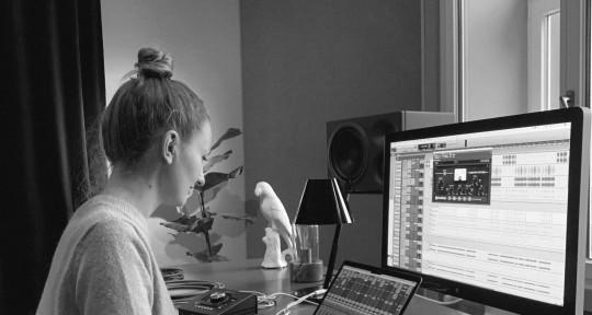 Freelance Mixing Engineer - Sofia Karlson