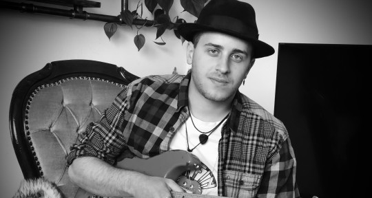 Session Guitarist - Robin Chris