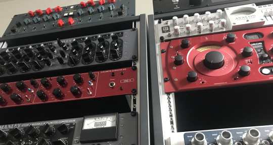 Remote Mastering Services  - RoyalSoundMastering