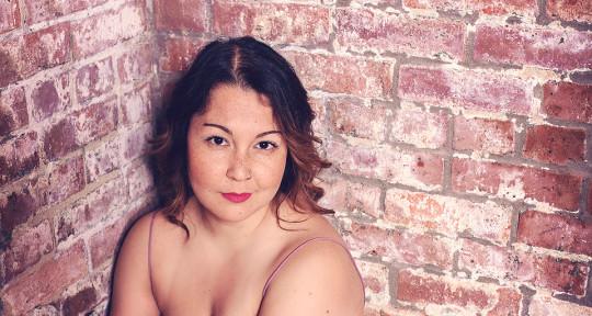 Session Vocalist & Hook Maker - Mandy Moon