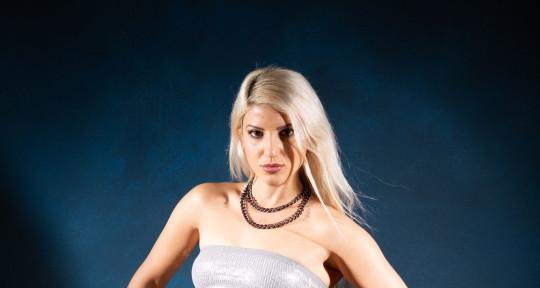 Vocalist/ song writer/ flutist - Adi Argelazi