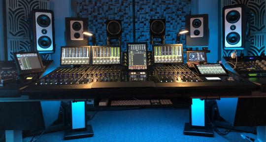 Audio engineer ,Music producer - Isa Black
