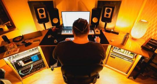 Music Producer & Mix Engineer - Nat Sherwood
