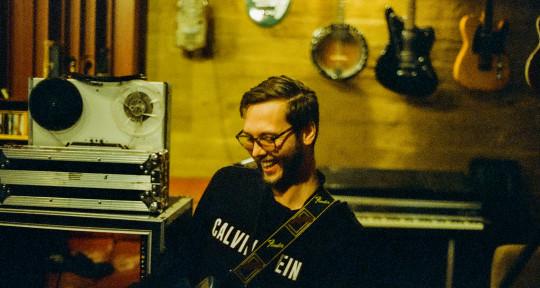 Session Guitarist & Bassist - HarleyJ Music