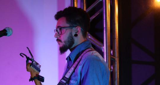 Guitarrista de sessão - Guilherme Perosso