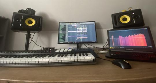 Music Producer - Darius RFLX