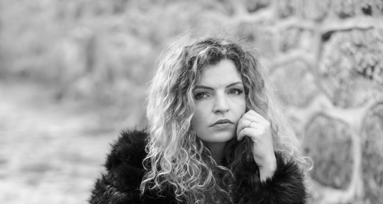 Smooth Soulful Vocals - Holly