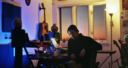 Pop Rock Songwriter / Producer - Matt Moody