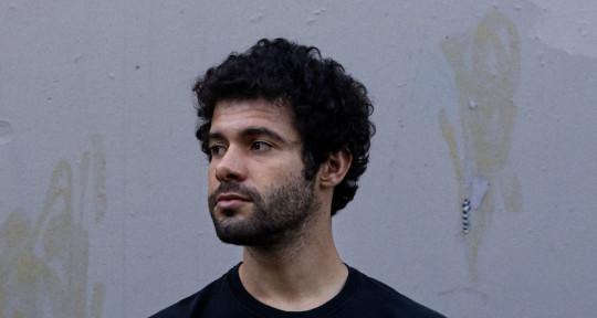 Producer/Composer/Guitarist - Owen Ross