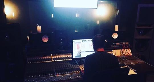 Mixer - Producer   - Jonas Jalhay