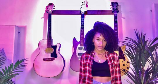 Singer Songwriter - Natalie Jay