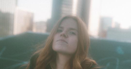 Singer/Songwriter, Topliner - Kimmie Devereux