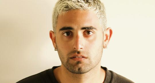 Singer, Writer and Guitarist - Ashley Singh