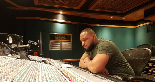 Music Producer   Musician - Marlo Scott