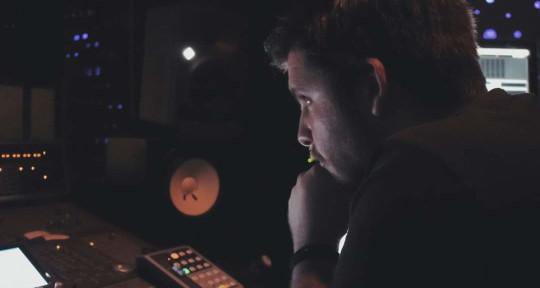 Mixing&mastering musicproducer - Balanced studio
