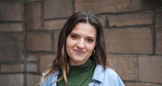 Female Vocalist - Anna Yannessa