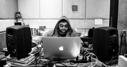 World Class Mixing Engineer - Aakash Jaitly