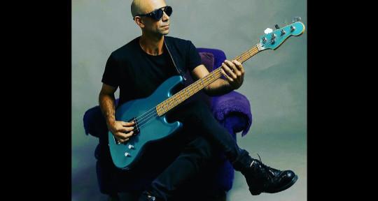 BASS PLAYER / RECORDING ARTIST - Mariano Escudero