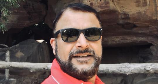Playback singer w/ Testimonial - Manish Madbaiya