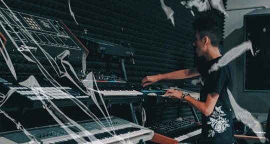The Synth Master - AMBROSE ZALDUA