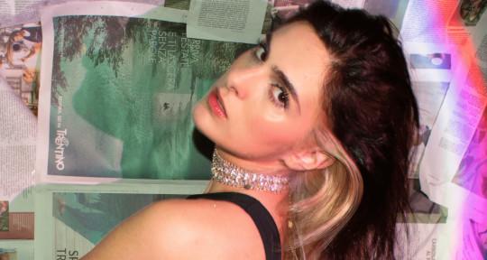 Vocalist_Writer_Vocal Producer - Alessia Labate aka EMMA LX
