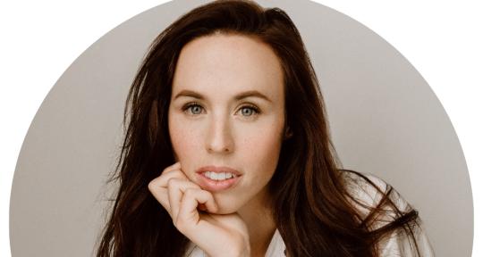Singer-songwriter, topliner - Sarah Tolle