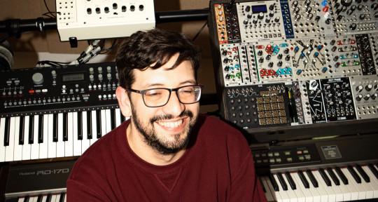 Music Producer & Mix Engineer - Edgar Alvis