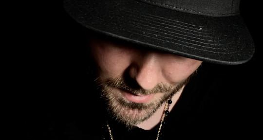 Songwriter/Topline/Vocal prod - Robert Durham