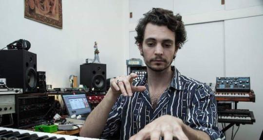 Modern Songwriter & Producer  - Marrius