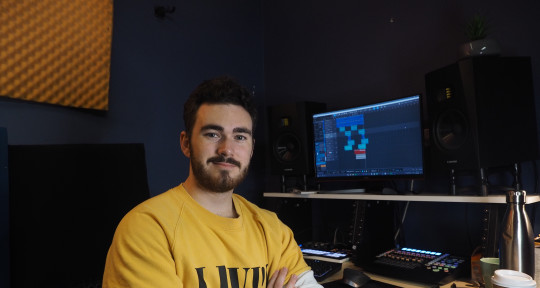 Mix Engineer and Producer - Nic Rollo