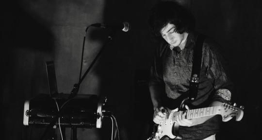 Session Guitarist - Yossi Cascun