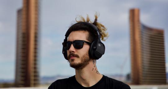 """Music Producer"" ""Remixer"" - JackEL"