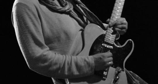 Session guitarist & Producer - Steev