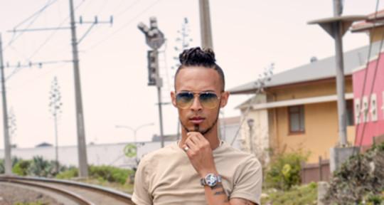 I'm a Singer, Vocalist, Artist - Ronald Jones